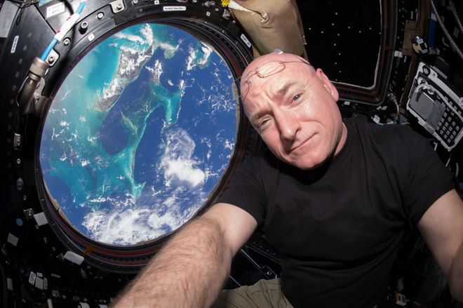 scott-kelly-iss-cupola-earth.jpg